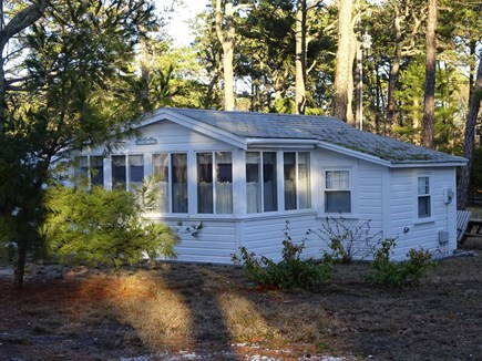 Wellfleet Cape Cod vacation rental - Sunroom with sitting-cooking
