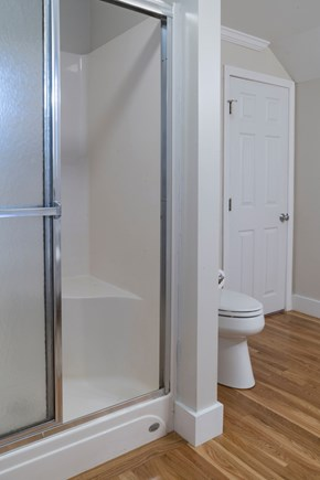 Chatham Cape Cod vacation rental - Second floor bathroom with a tub