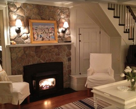 Plymouth, Manomet Bluffs MA vacation rental - Classic Nantucket decor, stone fireplace, captivating charm