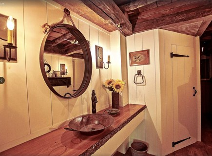 Plymouth Cultural District MA vacation rental - Original 1680s tree trunk ceiling, luxury bathroom