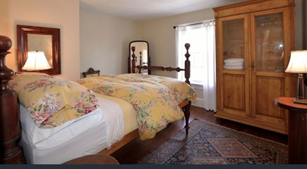 Plymouth Historic District MA vacation rental - Double bed private bedroom on second floor