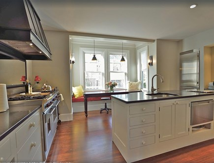 Plymouth Historic District MA vacation rental - Window seat kitchen dining, Wolf range, dishwasher drawer