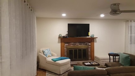 Chatham Cape Cod vacation rental - Livingroom with ample seating space and 50 inches Smart TV