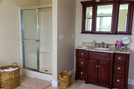 West Hyannisport Cape Cod vacation rental - Bathroom