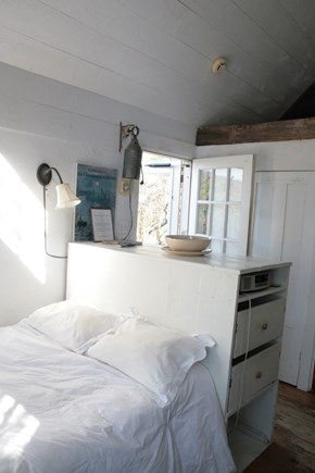 North Truro Cape Cod vacation rental - Shack bed