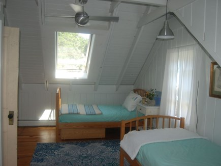 Chatham Cape Cod vacation rental - Upstairs bedroom twins