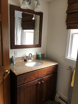 Chatham Cape Cod vacation rental - Upstairs bath.