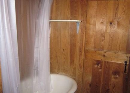 Brewster Cape Cod vacation rental - Bathtub