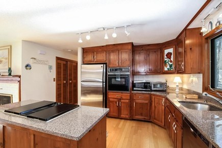 Falmouth, Old Silver Beach Cape Cod vacation rental - Kitchen with indoor grill