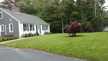 centerville Centerville vacation rental - Beautiful front lawn