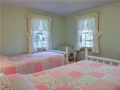 Dennis Port Cape Cod vacation rental - Bedroom 4 with twin beds.