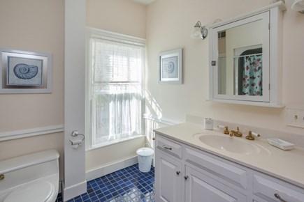Centerville Centerville vacation rental - 2nd Floor Full Bathroom