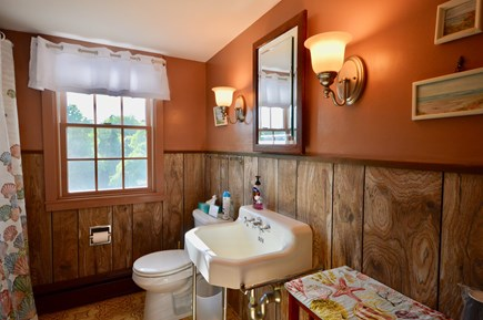 Orleans Cape Cod vacation rental - Upper level bath with shower/tub combo