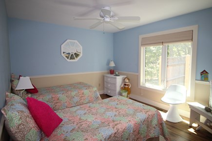 Truro Cape Cod vacation rental - First floor bedroom with twin beds