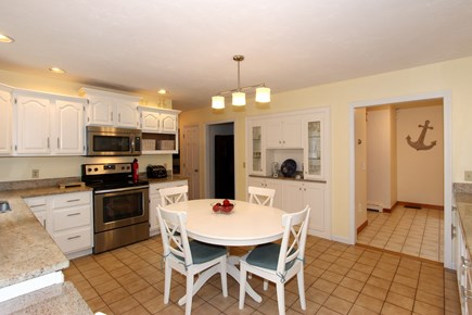 Brewster Cape Cod vacation rental - Eat in kitchen