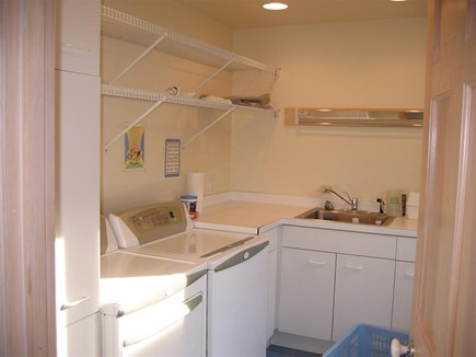 Truro Cape Cod vacation rental - Laundry room