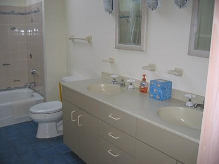 Truro Cape Cod vacation rental - Kids bath