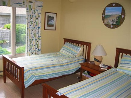 Truro Cape Cod vacation rental - Yellow twin bedroom