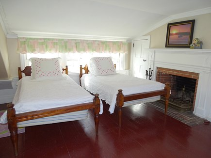 Yarmouth, Bass River Cape Cod vacation rental - Twin bedroom upstairs