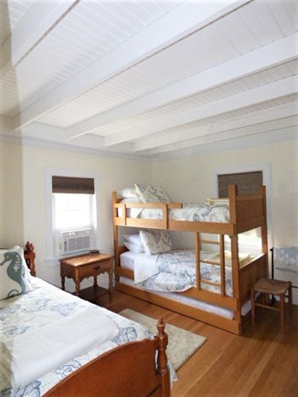 Dennis, East Dennnis Cape Cod vacation rental - Bedroom with twin Bunks and a single