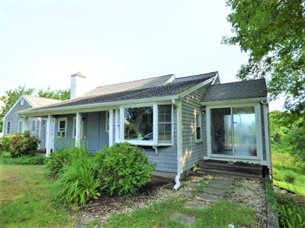 Dennis, East Dennnis Cape Cod vacation rental - Ranch home within 1/10 mile to Howes St. Beach