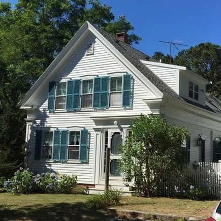Wellfleet Cape Cod vacation rental - Front of the house.