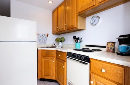 North Truro Cape Cod vacation rental - Full kitchen