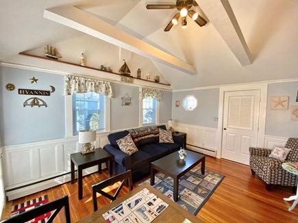 Hyannis Cape Cod vacation rental - Spacious living room