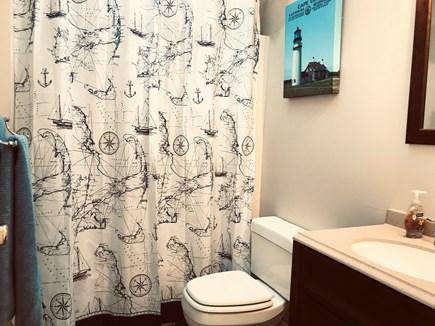 East Orleans - Barley Neck Cape Cod vacation rental - 2nd Floor Main Bath