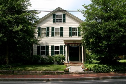 Barnstable Village Cape Cod vacation rental - Located in the heart of Barnstable Village, on historic Route 6/A