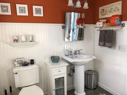 Brewster Cape Cod vacation rental - First floor bathroom