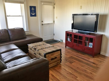 Brewster Cape Cod vacation rental - Living Area - flat screen with Netflix and Internet TV.