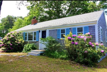 West Dennis Cape Cod vacation rental - 3 bedroom, 1 bath home, less than 1 mile from South Village Beach