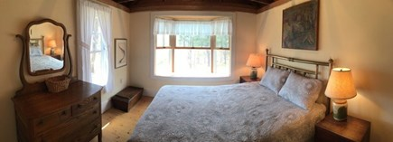 Wellfleet Cape Cod vacation rental - Front bedroom with double bed & vaulted ceiling