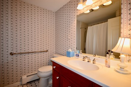Orleans Cape Cod vacation rental - Main level full bath with tub/shower combo