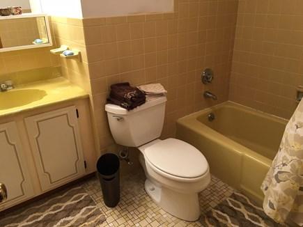 Wellfleet Cape Cod vacation rental - Hallway Bathroom