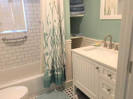Yarmouth Cape Cod vacation rental - New modern bath