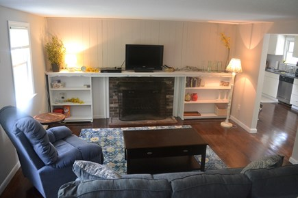 Centerville Centerville vacation rental - Cozy and comfortable living room!
