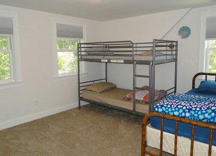 Onset, Buzzards Bay MA vacation rental - New upstairs bunk bed room, sleeps 3