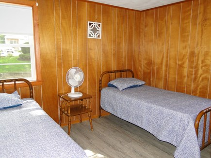 Onset, Buzzards Bay MA vacation rental - First floor twin bedroom