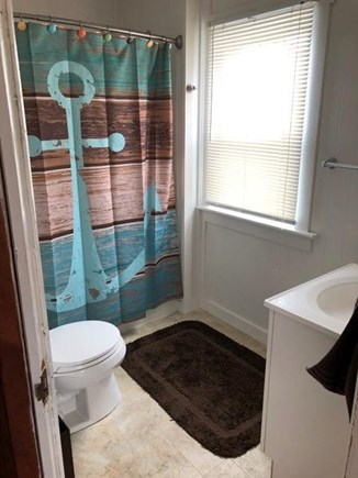 North Falmouth Cape Cod vacation rental - Fullbath