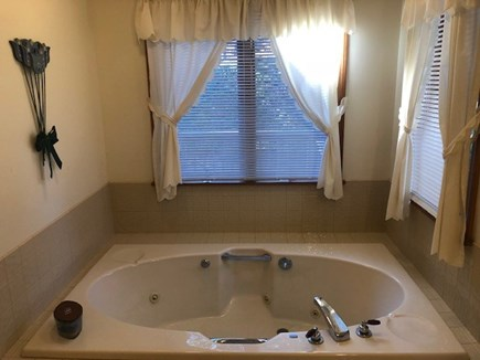 Wellfleet Cape Cod vacation rental - Enjoy a leisurely soak in this jacuzzi tub