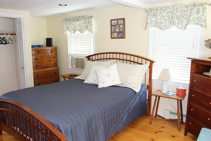 Brewster Cape Cod vacation rental - Master bedroom - Queen size bed