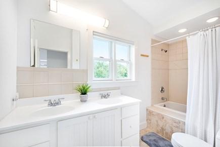 Truro Cape Cod vacation rental - Second floor full en-suite bath.