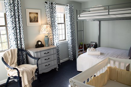 Hyannis Cape Cod vacation rental - Full over full bunk bed