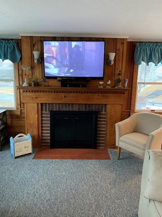 Bourne Cape Cod vacation rental - Family room tv/fireplace