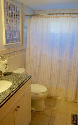 Hyannis Cape Cod vacation rental - First floor full bathroom with shower/tub
