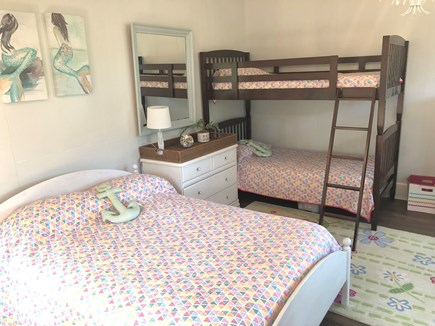 Brewster Cape Cod vacation rental - Bunk room