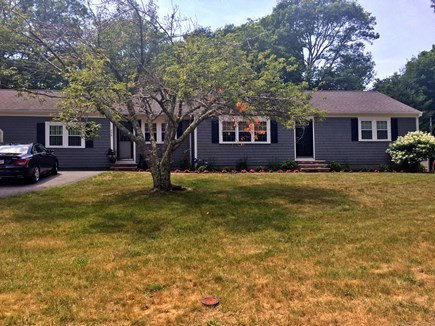 Osterville Osterville vacation rental - Beautiful landscaped yard with spacious driveway