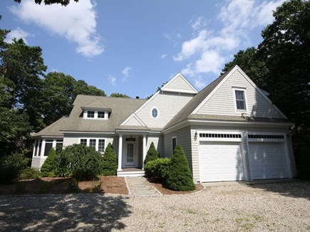 Mashpee/New Seabury New Seabury vacation rental - 2 Car Garage with Circular Driveway on a cul de sac